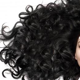 Co zamiast olejku lnianego? Nowe, lepsze propozycje olejków o włosów.